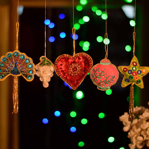 Handcrafted Decorative Hanging Ornaments Door Entrance (Set of 5)
