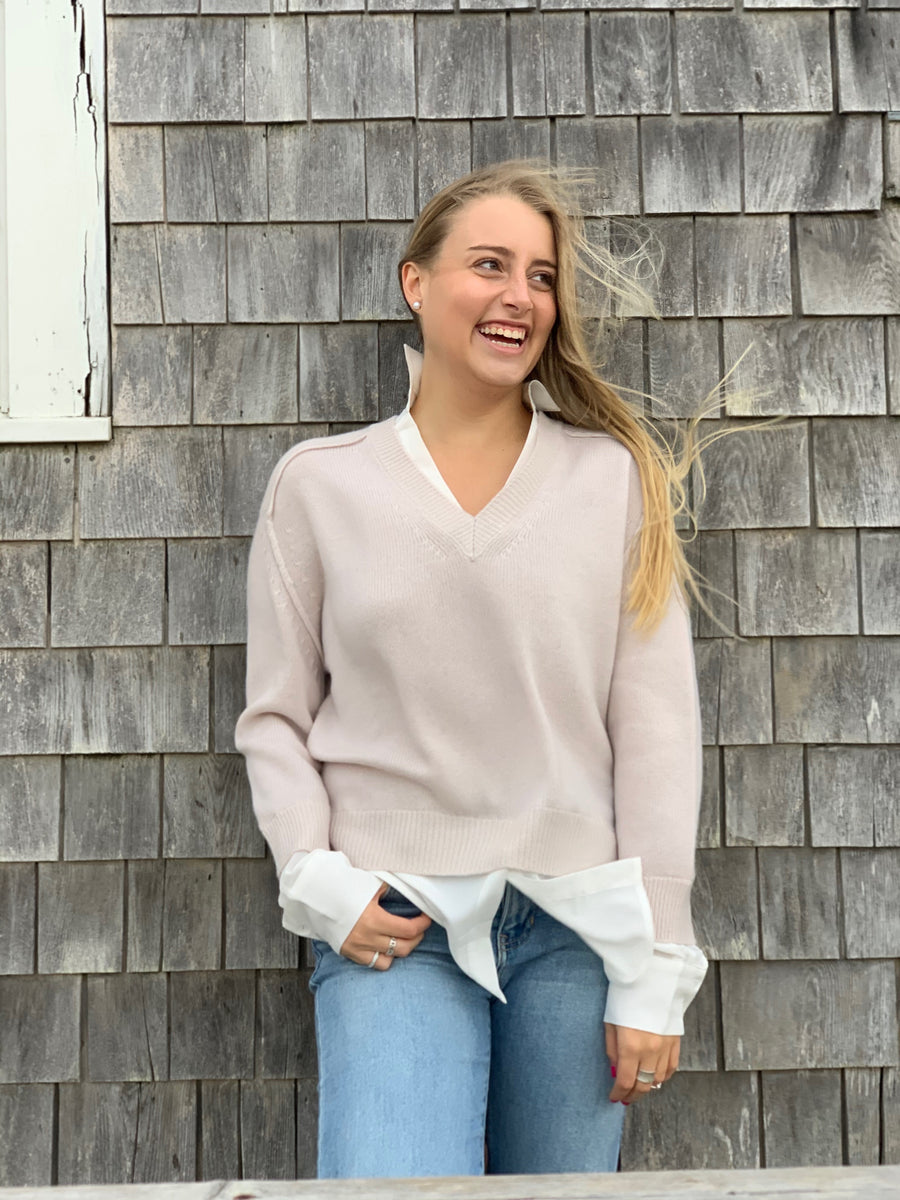V-neck Layered Pullover-Paloma