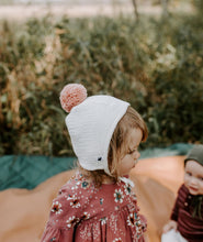 Load image into Gallery viewer, Pom Baby Bonnet - Ivory