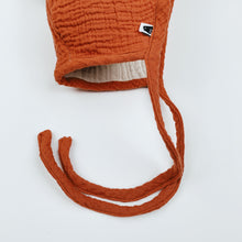 Load image into Gallery viewer, Pom Baby Bonnet - Rust