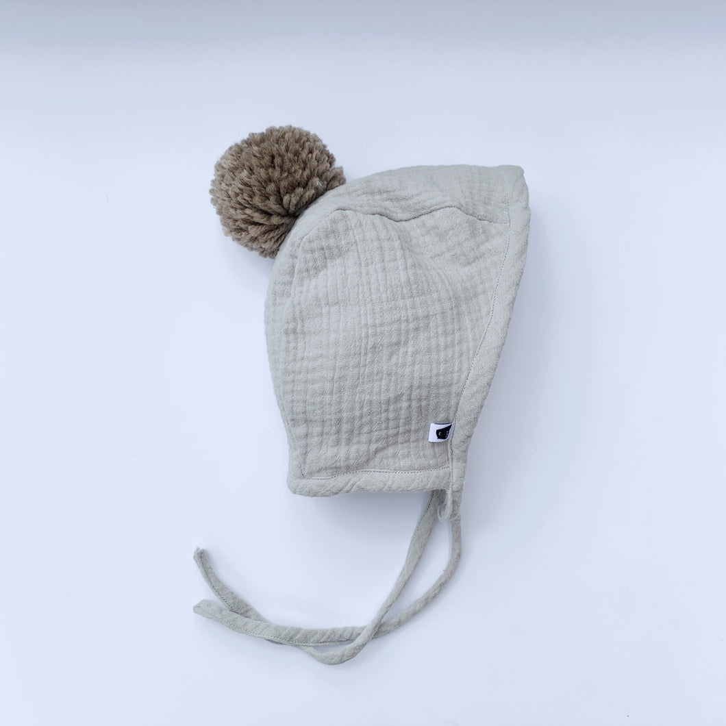 Sherpa Lined Pom Baby Bonnet - Dove Grey