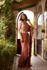 Dusty Pink Ruffle Saree Set With Buckle Belt