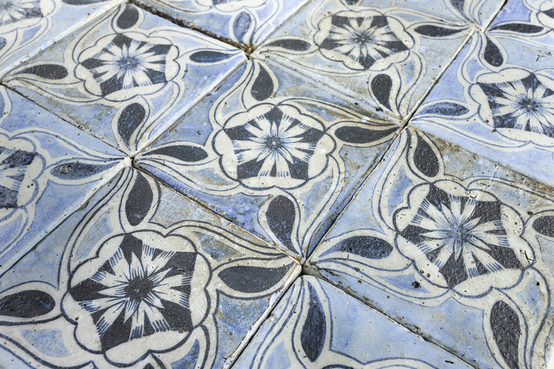 Chunky square tile Blue hand painted classic design