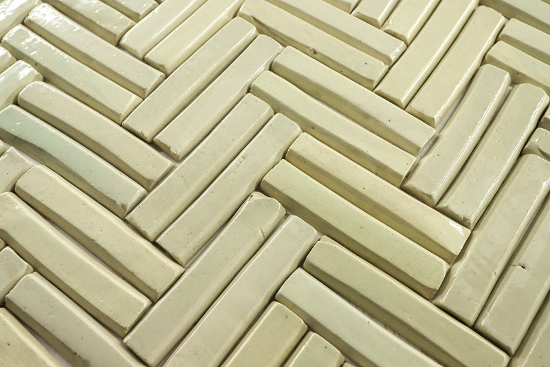 Light Marble Faceted Top Pipe Tile Warm Cream