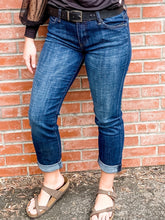 Load image into Gallery viewer, Kut Catherine Boyfriend Jeans Front