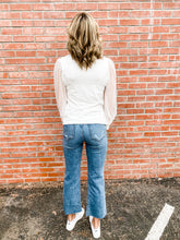 Load image into Gallery viewer, Kut Kelsey Mastermind Jeans Back