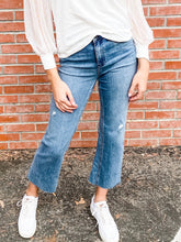 Load image into Gallery viewer, Kut Kelsey Mastermind Jeans Front