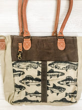 Load image into Gallery viewer, Vintage Canvas Fish Print Bag