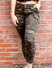 Load image into Gallery viewer, Camo Pants Front