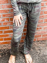 Load image into Gallery viewer, Olive Camo Stripe Sweatpant Front
