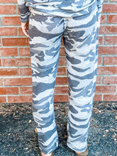 Load image into Gallery viewer, Grey Camo Hacci Sweatpant Back