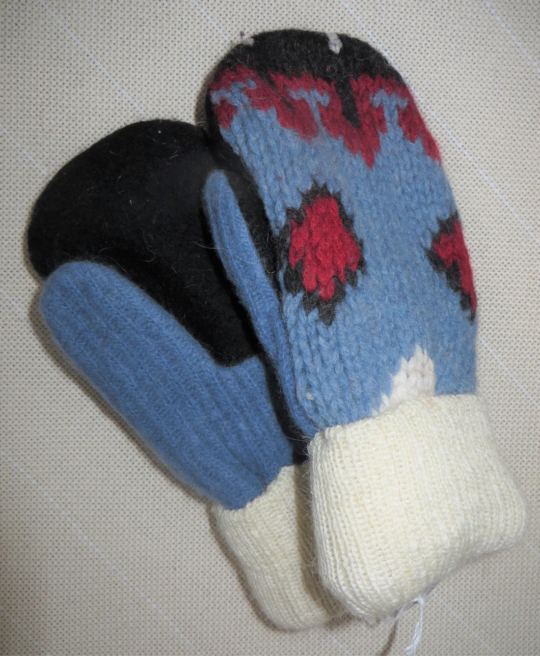Mittens-Sweater Mittens SMALL