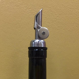 Silver Self-pouring pour spout