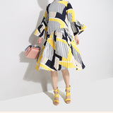 Loose Bell Sleeve Print Dress