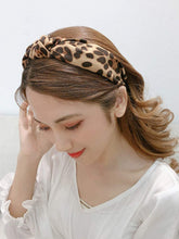 Load image into Gallery viewer, leopard Headband - Just Bought It Hair