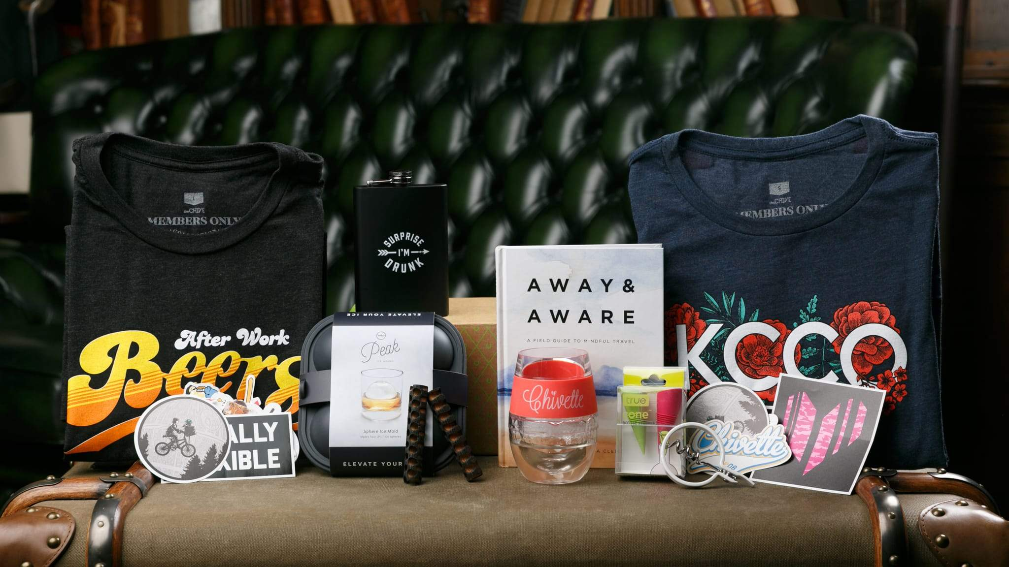 b0e25b013 Best Monthly Subscription Boxes For Men | Monthly T Shirts | Chivery ...