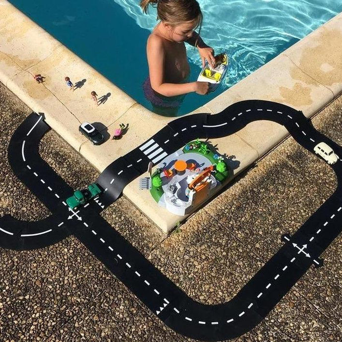 Waytoplay Rubber Toy Car Track - Straight Extension Set - 4 Pieces