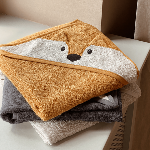 Liewood Organic Albert Hooded Baby Towel - Fox Mustard