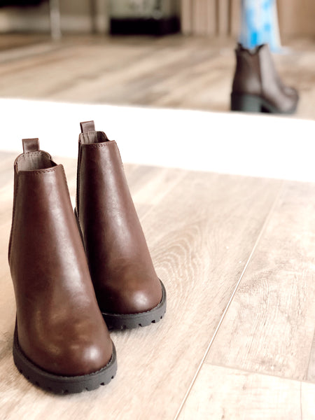 Oakland Brown Chelsea Boot