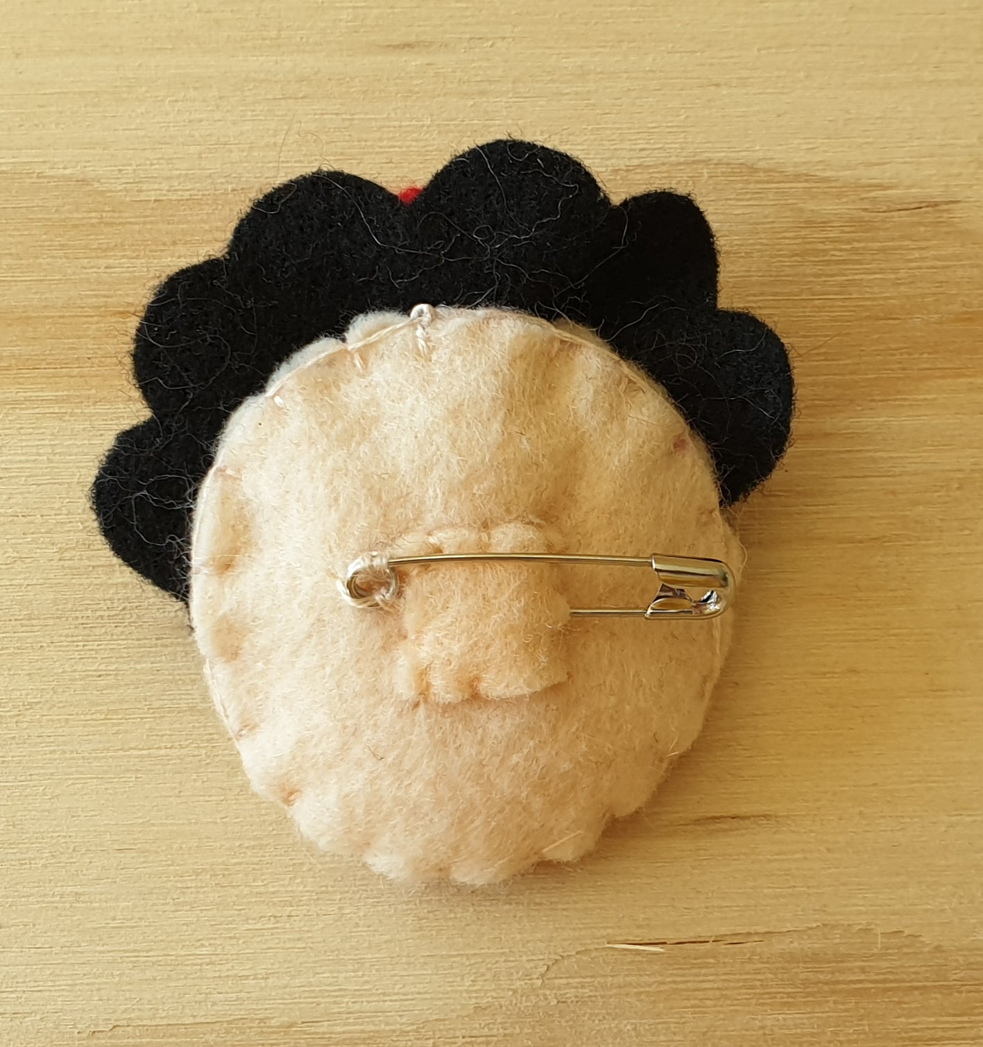 Frida Kahlo felt brooch / pin / bag charm / Strong women / Girl Power