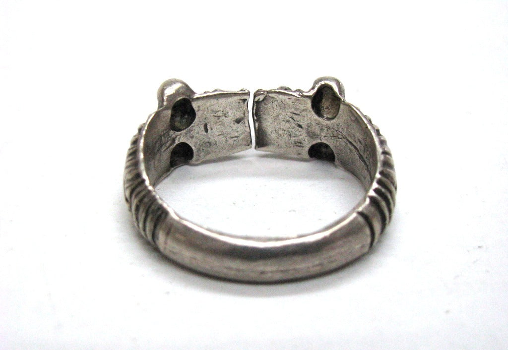 ... Load image into Gallery viewer, Vintage Indian Silver Ring, Makara  Heads Thumb Ring, ...