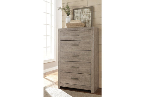 Culverbach Gray 5 Drawer Chest