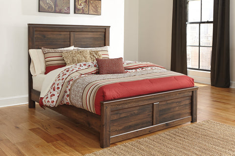 Quinden Queen Panel Bed