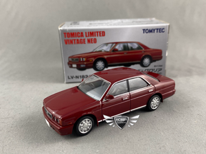 Nissan Gloria Gran Turismo Ultima Tomica Limited Vintage NEO LV-N183b (NEW)