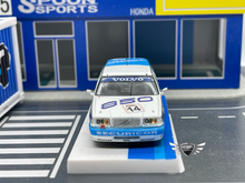 Load image into Gallery viewer, Volvo 850 Estate BTCC 1994 Tarmac w/Container