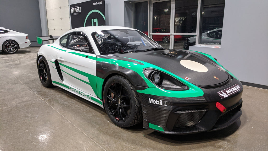 Porsche GT4 Clubsport MR graphics livery installation