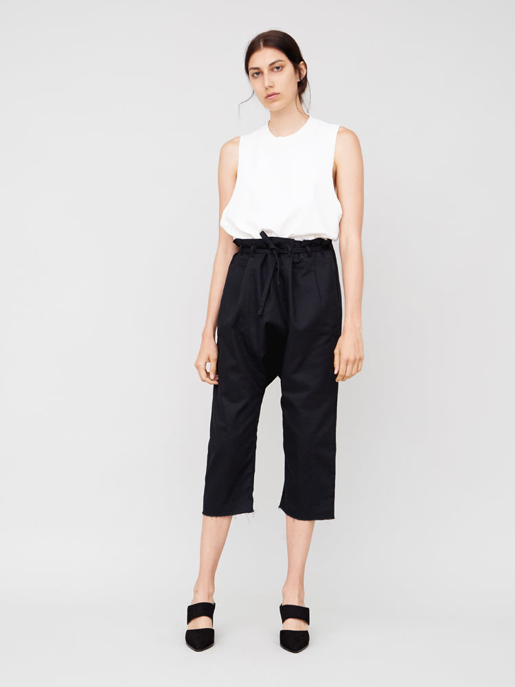 Oak Cropped Karate Pant in Black