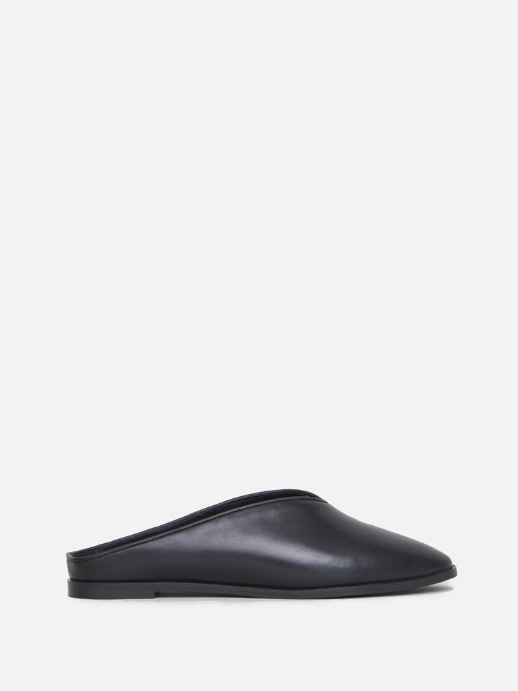 Oak Seeley Mule in Black by Oak