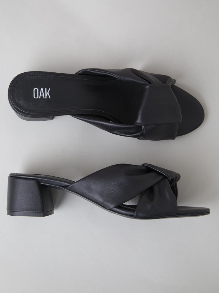 Load image into Gallery viewer, Oak Minna Sandal