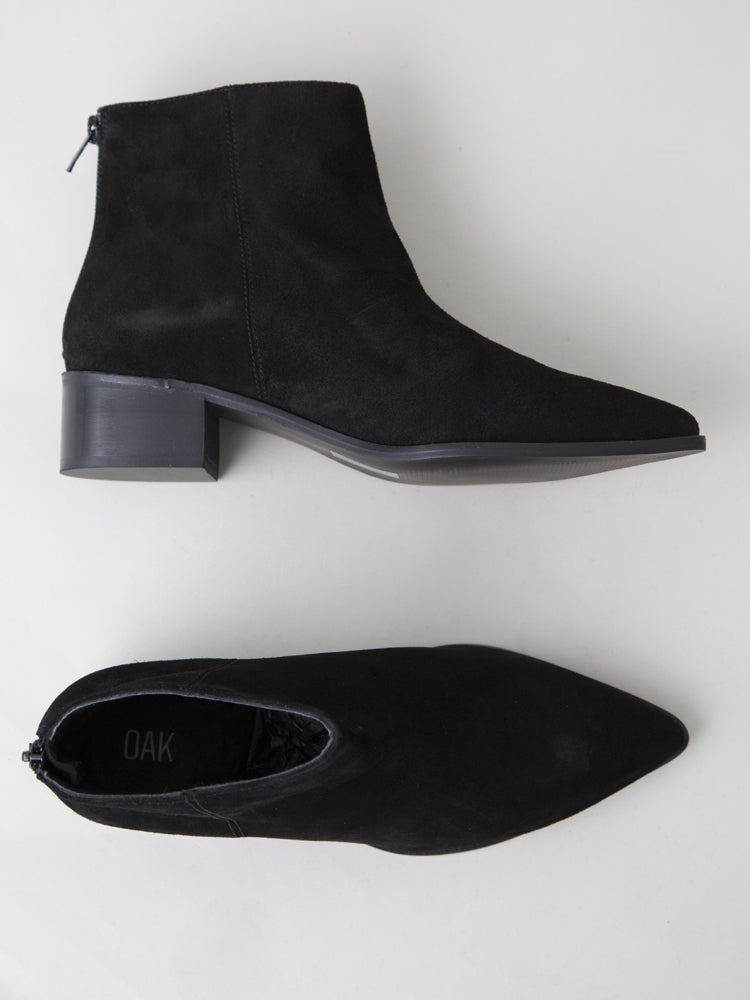 Load image into Gallery viewer, Hart Boot in Black Suede by Oak