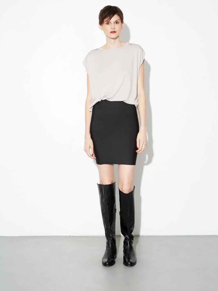 Body Skirt in Black by Oak