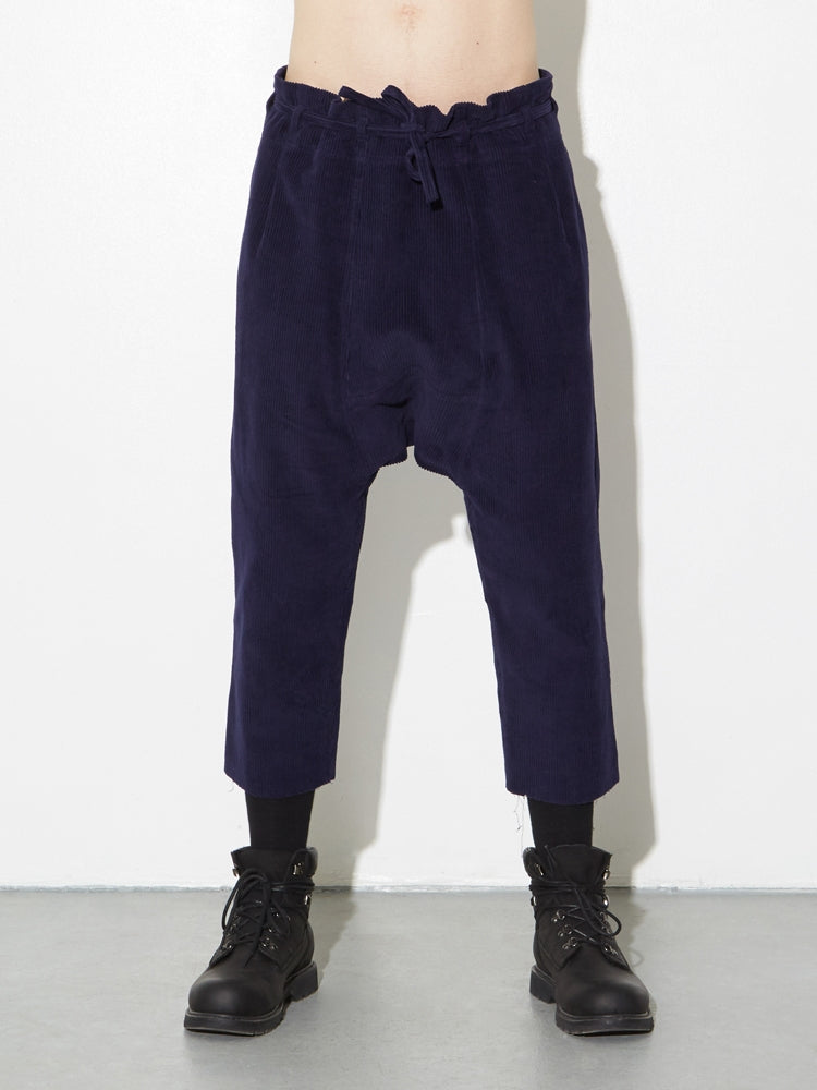 Load image into Gallery viewer, Oak Cropped Karate Pant in Midnight Cord