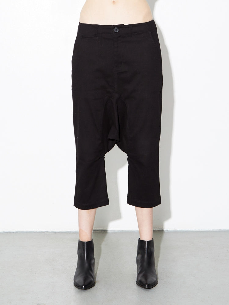 Oak Dropped Taper Pant in Black in Black by Oak