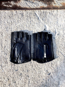 Womens Fingerless Zip Back Glove in Black by Oak