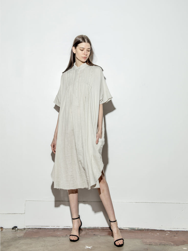 Pintuck Maxi in Putty by Oak