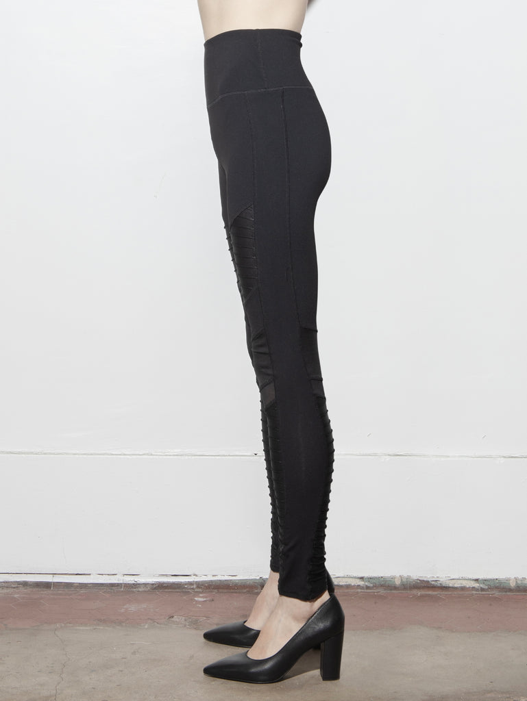 Load image into Gallery viewer, A/OK Panel Legging in Black