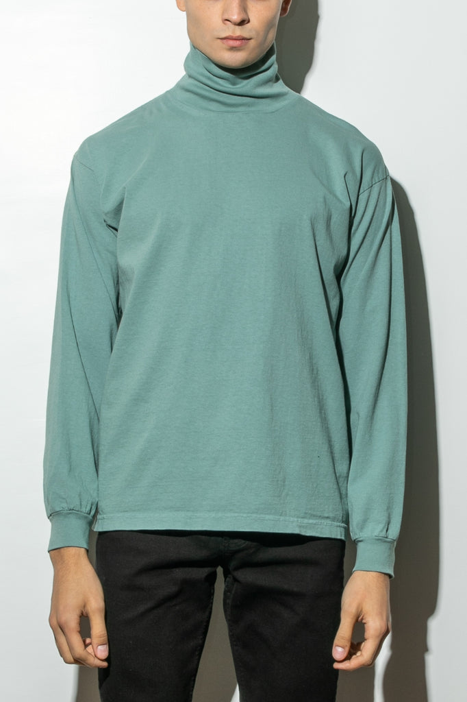 Load image into Gallery viewer, Hawthorne Turtleneck in Atlantic Green by Oak