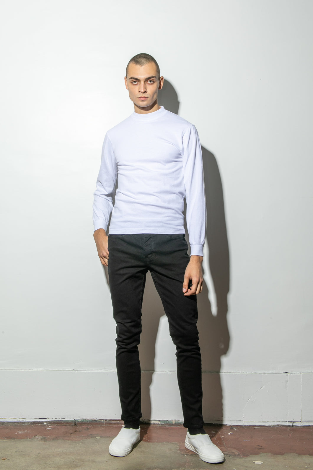 Oak Long Sleeve Mock Neck Tee in White