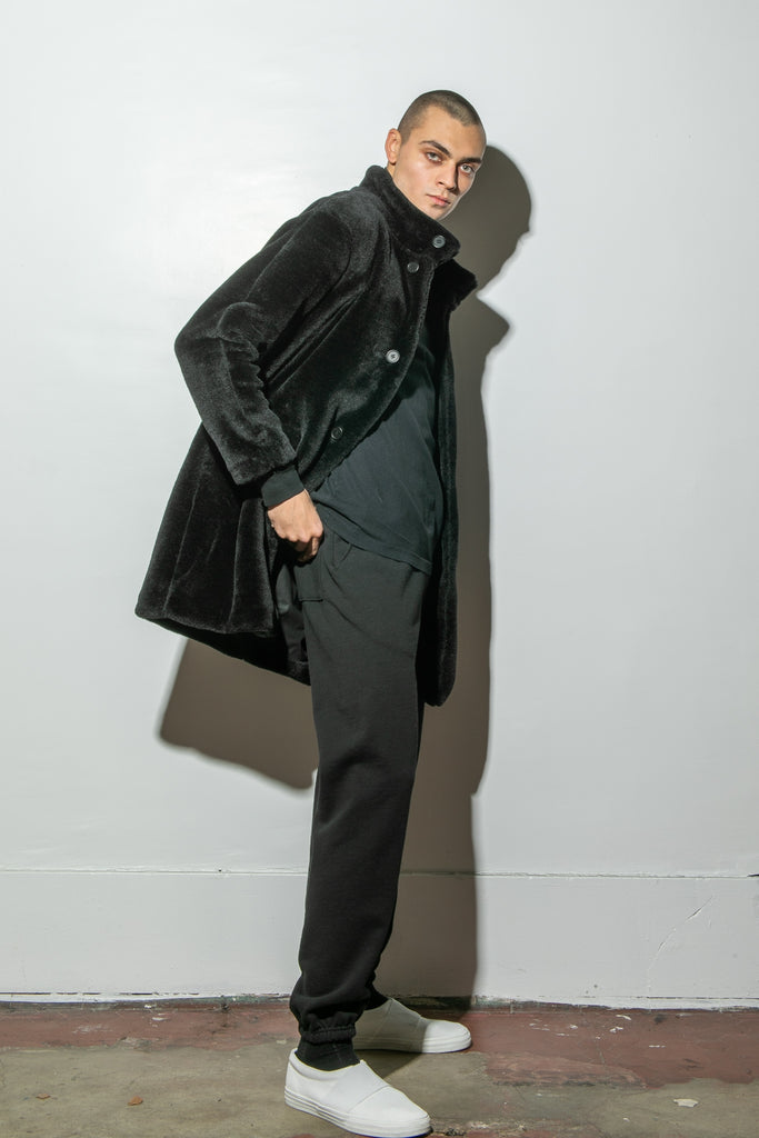 Load image into Gallery viewer, Oak Stand Collar Balmacaan Coat in Black