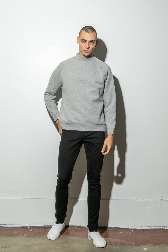 Load image into Gallery viewer, Oak Mock Neck Sweatshirt in Heather Grey
