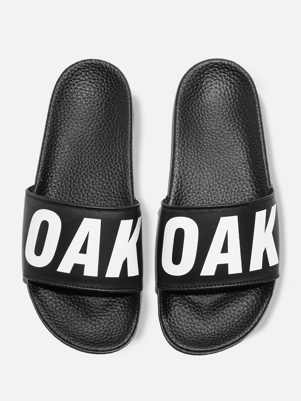 Oak Logo Slide in Black/White