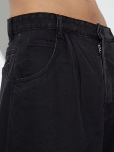 Oak Pleated Baggy Jean in Black in Black by Oak