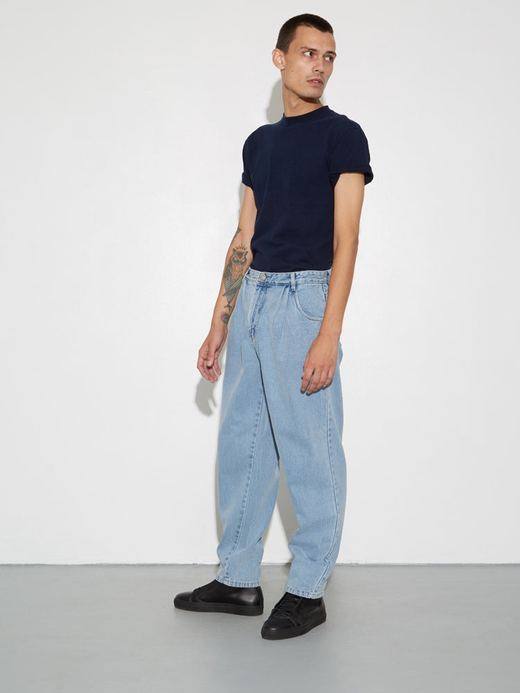 Oak Pleated Baggy Jean in Blowout