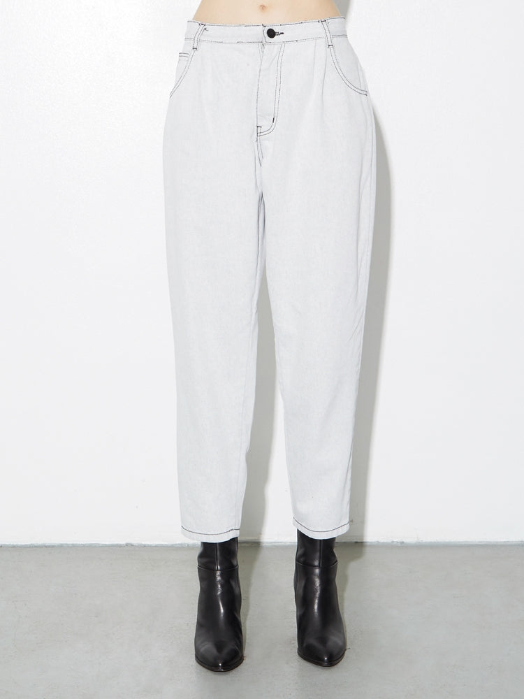 Oak Pleated Baggy Jean in Super Bleach in Super Bleach by Oak OOS
