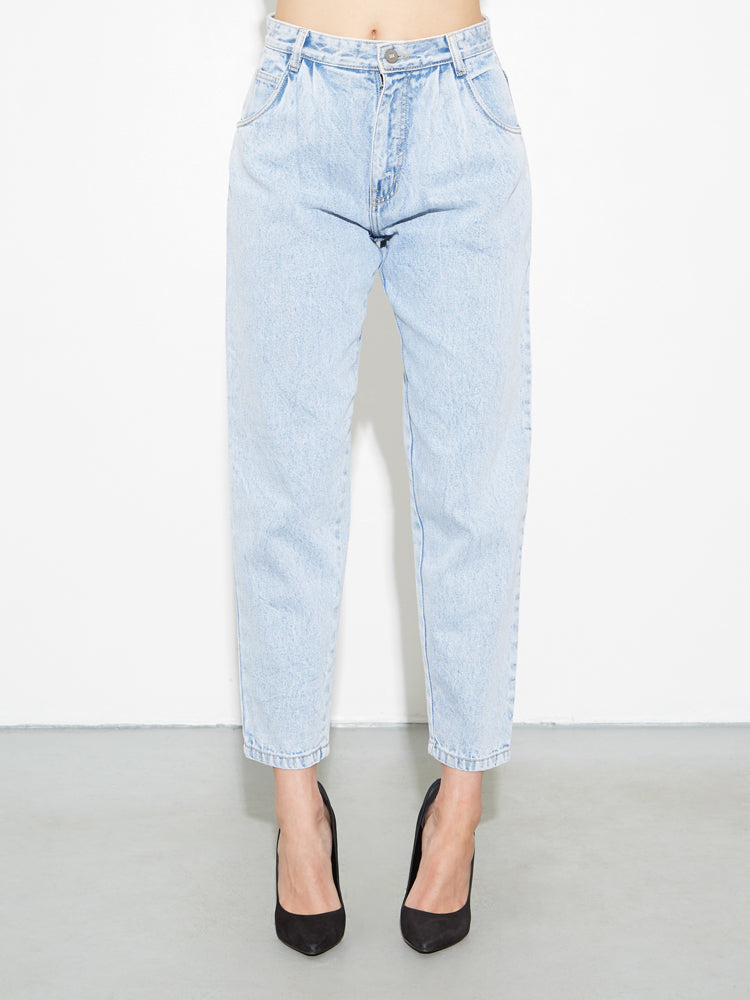 Load image into Gallery viewer, Oak Pleated Baggy Jean in Blowout Wash