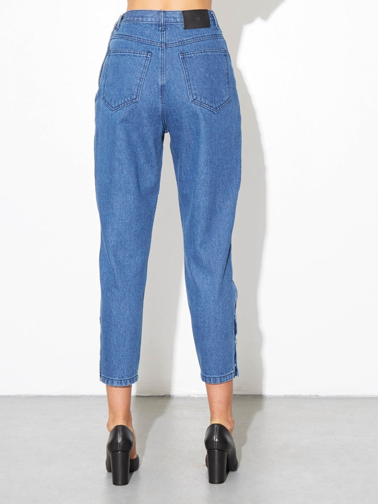 Load image into Gallery viewer, Oak Side Zip Baggy Jean in Indigo